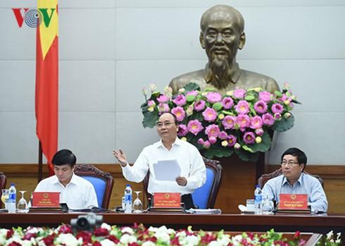 Thủ tướng Nguyễn Xuân Phúc: Hoạt động của Công đoàn cần chăm lo lợi ích của người lao động - ảnh 1
