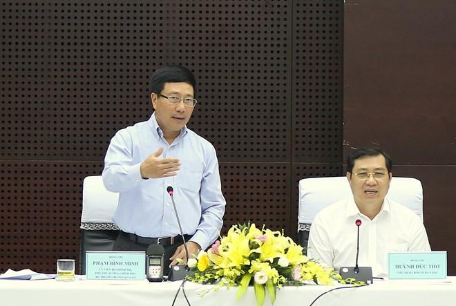 Phó Thủ tướng Phạm Bình Minh kiểm tra công tác chuẩn bị cho Hội nghị cấp cao APEC tại Đà Nẵng - ảnh 1