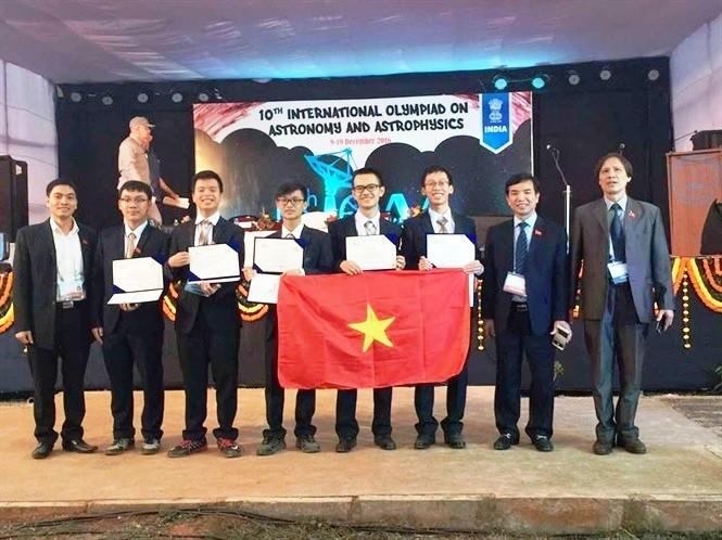 Việt Nam đoạt thành tích cao trong kỳ thi Olympic quốc tế về Thiên văn học và Vật lý thiên văn  - ảnh 1