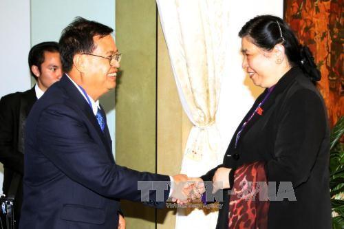 Quốc hội Việt Nam và Lào tăng cường thúc đẩy hợp tác nhiều mặt - ảnh 1