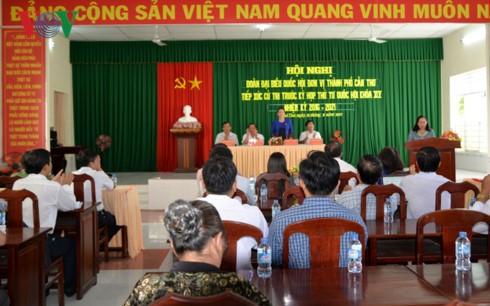 Chủ tịch Quốc hội Nguyễn Thị Kim Ngân tiếp xúc cử tri Cần Thơ - ảnh 1