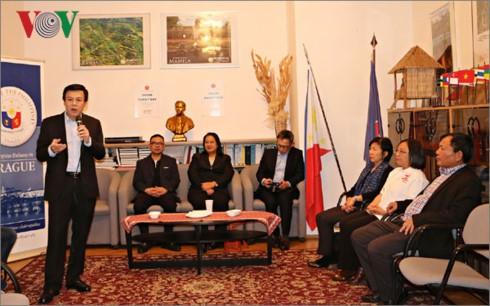 Ngày Gia đình ASEAN tại Cộng hòa Séc - ảnh 1