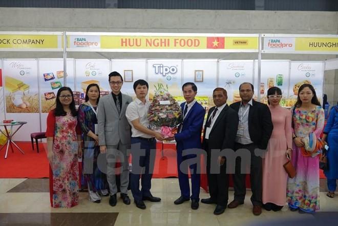 Doanh nghiệp Việt Nam tham dự Hội chợ thực phẩm quốc tế tại Bangladesh - ảnh 1