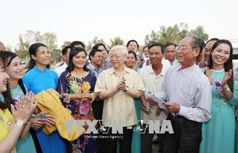Tổng Bí thư Nguyễn Phú Trọng thăm, làm việc tại tỉnh An Giang - ảnh 2