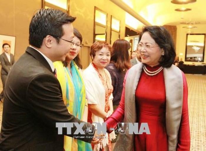 Phó Chủ tịch nước Đặng Thị Ngọc Thịnh gặp gỡ đại diện kiều bào và một số công ty Australia - ảnh 1