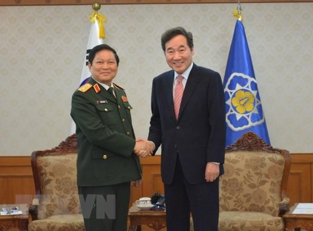 Việt Nam - Hàn Quốc ký Tuyên bố tầm nhìn chung về hợp tác quốc phòng đến năm 2030 - ảnh 1