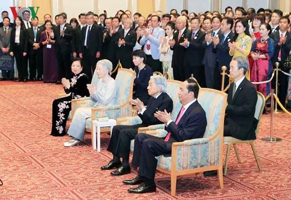 Chủ tịch nước dự chiêu đãi kỷ niệm 45 năm thiết lập quan hệ ngoại giao Việt Nam - Nhật Bản - ảnh 1