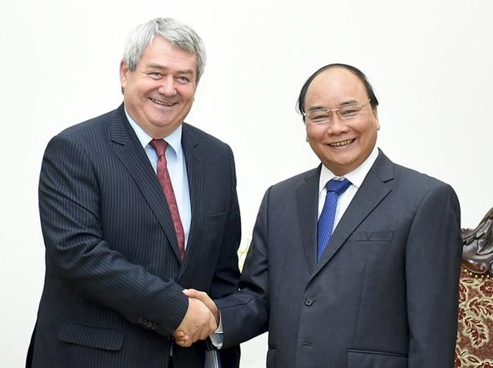 Thủ tướng Nguyễn Xuân Phúc tiếp Phó Chủ tịch Hạ viện Cộng hòa Czech - ảnh 1