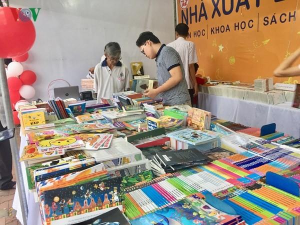 Đà Nẵng: Hơn 20 nghìn bản sách trong Phiên chợ sách lần 2 - ảnh 2