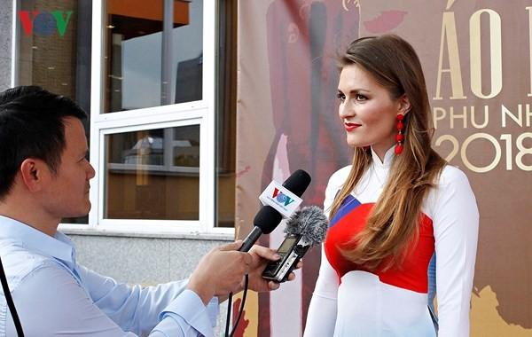 Vòng chung kết cuộc thi Áo Dài Phu Nhân người Việt toàn châu Âu tại Czech - ảnh 2