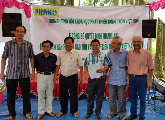 Thành lập Trung tâm Nghiên cứu bảo tồn và phát triển Hoa lan Việt Nam - ảnh 3