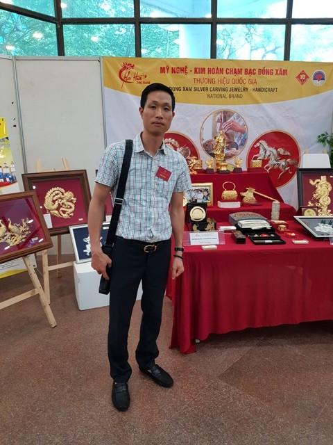 Tinh hoa nghề chạm bạc làng Đồng Xâm - ảnh 3