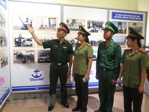 Trưng bày chuyên đề về biển đảo và người chiến sỹ Hải quân  - ảnh 1
