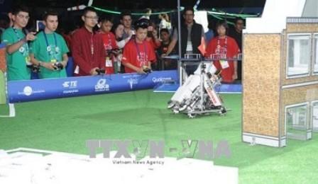 """Việt Nam tham dự giải Robot thế giới """"First Global Challenge"""" - ảnh 1"""