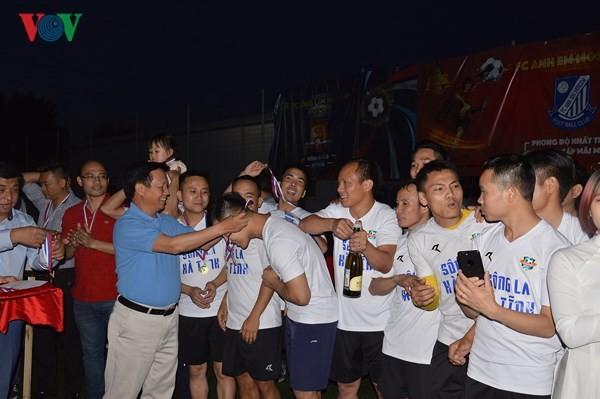 Bế mạc giải bóng đá Cộng đồng người Việt tại LB Nga năm 2018 - ảnh 4