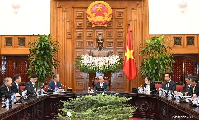 Thủ tướng Nguyễn Xuân Phúc tiếp Chủ tịch Liên đoàn Công nghiệp Hàn Quốc - ảnh 1