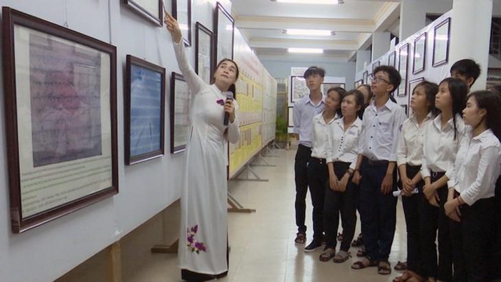 """Triển lãm """"Hoàng Sa, Trường Sa của Việt Nam – Những bằng chứng lịch sử và pháp lý"""" - ảnh 1"""