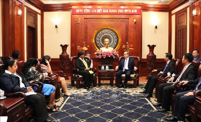 Lãnh đạo Thành phố Hồ Chí Minh tiếp Đoàn đại biểu Đảng Cộng sản Cuba - ảnh 1