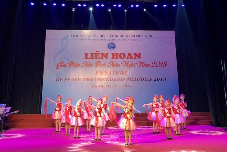Đặc sắc những giai điệu hòa bình, hữu nghị từ Thủ đô Hà Nội - ảnh 2
