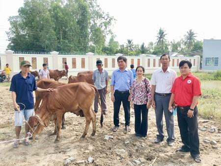 Nhiều hoạt động hỗ trợ, chăm lo đời sống đồng bào Khmer nghèo - ảnh 2