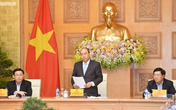 Thủ tướng Nguyễn Xuân Phúc làm việc với Tổ tư vấn kinh tế  - ảnh 2