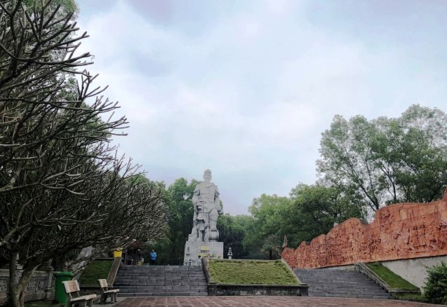 Nét kiến trúc độc đáo và thiên nhiên kỳ thú ở danh thắng Đền Cao An Phụ - ảnh 3