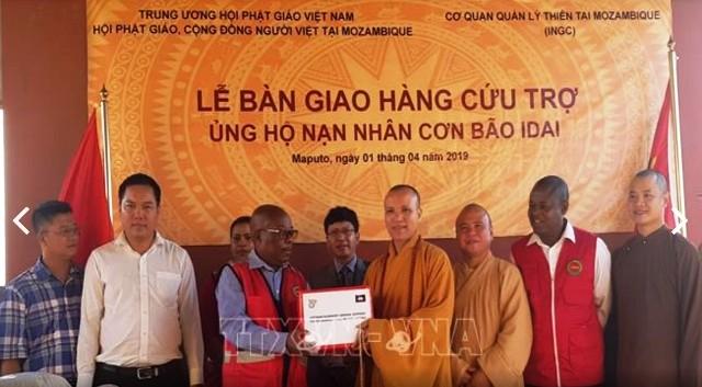 Trung ương Giáo hội Phật giáo Việt Nam trao hàng cứu trợ nạn nhân siêu bão Idai tại Mozambique - ảnh 1