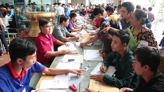 Gần 1.400 chỉ tiêu việc làm dành cho thanh niên, sinh viên - ảnh 1
