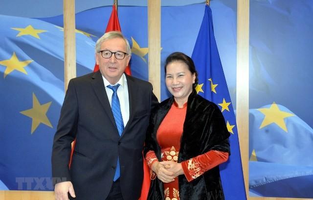 Chủ tịch Quốc hội Nguyễn Thị Kim Ngân hội kiến Chủ tịch Ủy ban châu Âu Jean-Claude Juncker - ảnh 1