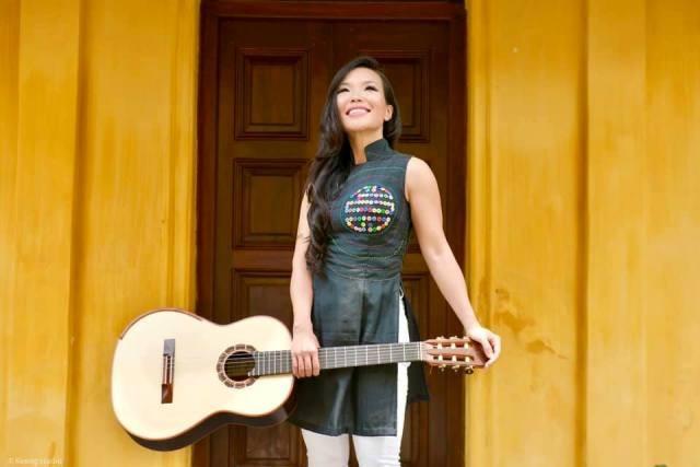 Nghệ sĩ ghi-ta Lê Thu: Tiếng đàn giúp tôi mang hình ảnh Việt Nam ra thế giới - ảnh 1