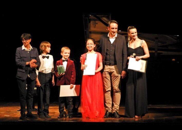 Thí sinh Việt Nam đạt ngôi vị quán quân trong 3 cuộc thi piano quốc tế tại Italia - ảnh 1