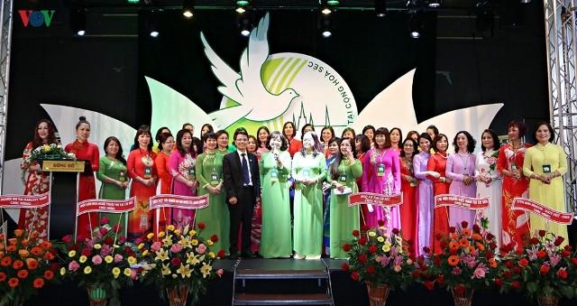 Đại hội Hội Phụ nữ Việt Nam tại Cộng hòa Czech - ảnh 1