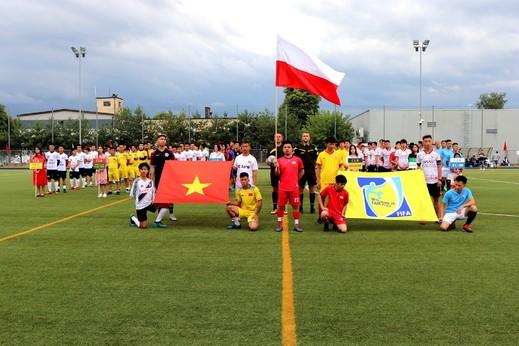 Ba Lan: Khai mạc giải bóng đá Cộng đồng hè 2019 - ảnh 1