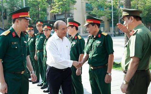 Thủ tướng Nguyễn Xuân Phúc kiểm tra công tác tu bổ Công trình Lăng Chủ tịch Hồ Chí Minh - ảnh 2