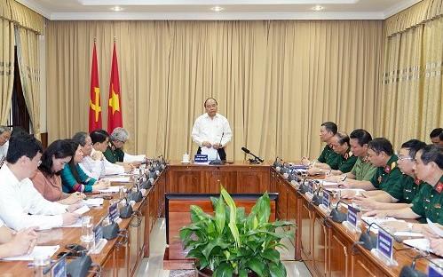 Thủ tướng Nguyễn Xuân Phúc kiểm tra công tác tu bổ Công trình Lăng Chủ tịch Hồ Chí Minh - ảnh 3