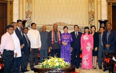 Mendorong hubungan antara kota-kota Sri Lanka dan Vietnam - ảnh 1