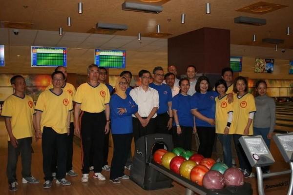 Temu Pergaulan olahraga dari Kedubes negara-negara ASEAN di Ukraina sehubungan dengan 30 April - ảnh 1