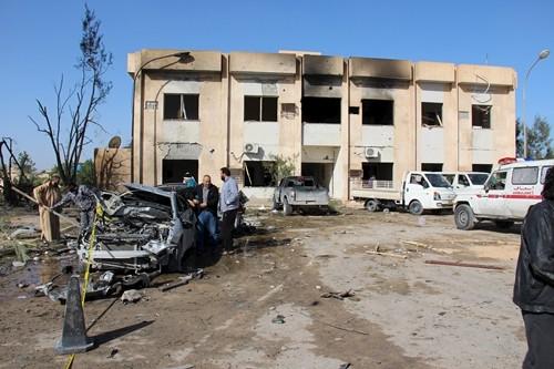 IS mengakui telah melakukan serangan bom di Libia yang menewaskan 50 orang lebih - ảnh 1
