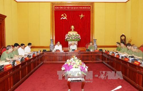Komite Partai Komunis Keamanan Publik Pusat  menyepakati pekerjaan titik berat  - ảnh 1
