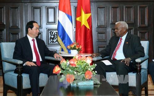 Presiden Vietnam, Tran Dai Quang menerima Ketua Parlemen Kuba, Esteban Lazo Hernandez - ảnh 1
