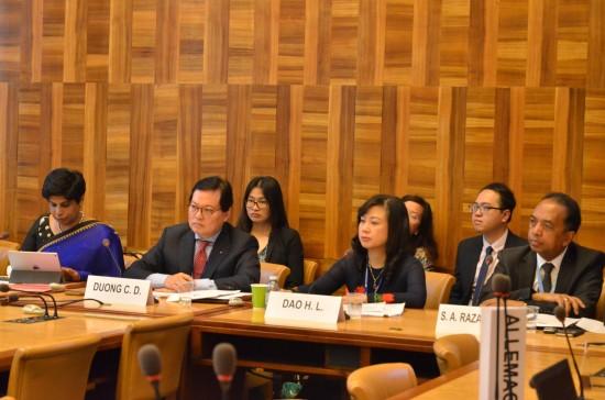 Vietnam menyelenggarakan sarasehan mengenai hak kaum wanita di sela-sela Persidangan periodik ke-3 Dewan HAM PBB - ảnh 1