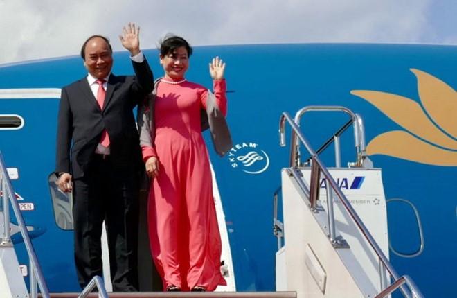 PM Vietnam, Nguyen Xuan Phuc memulai kunjungan resmi di Thailand - ảnh 1