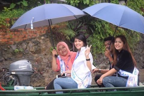 """Para penyanyi Indonesia menghadiri Kontes  """"Nyanyian ASEAN+3"""" - ảnh 3"""