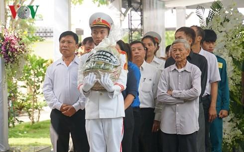 Banyak warga berziarah kepada Mantan PM Vietnam, Phan Van Khai - ảnh 1