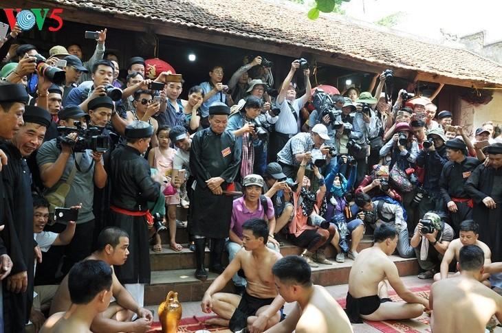 Unik pesta gulat desa Van - ảnh 20