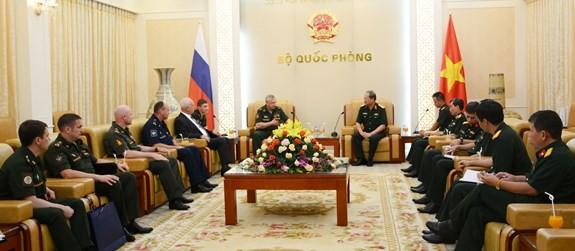 Memperkuat kerjasama menjaga perdamaian PBB antara Vietnam dan Federasi Rusia - ảnh 1