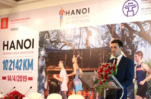 Kota Hanoi unhtuk pertama kalinya menyelenggarakan Turnamen Marathon Internasional - ảnh 1