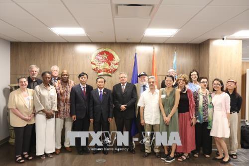 Wakil Ketua MN VN, Do Ba Ty mengakhiri kunjungan di AS - ảnh 1