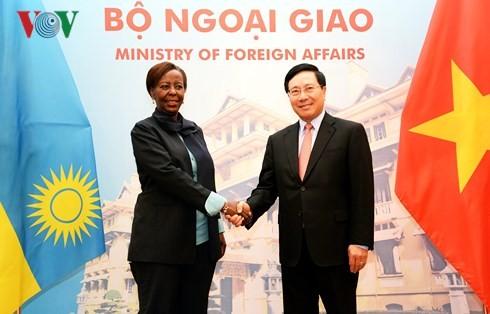 Vietnam menghargai pengokohan dan pengembangan hubungan persahabatan dengan Ruanda - ảnh 1