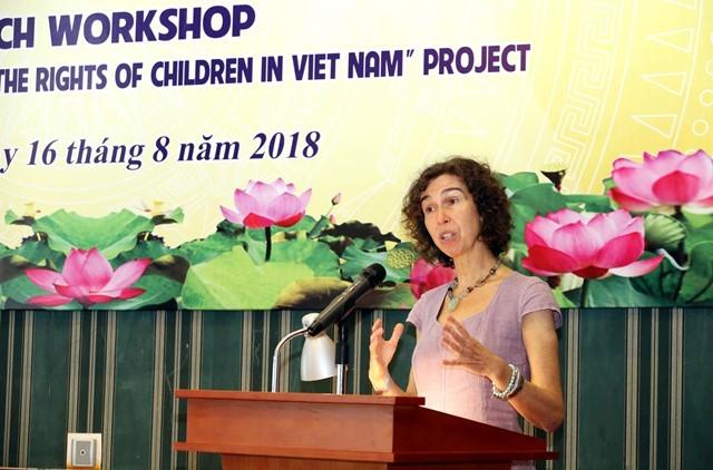 Mendorong dan membela hak anak-anak di Viet Nam - ảnh 1